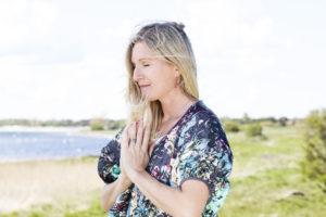 Jennys yogamix söndag 17/11 kl 15