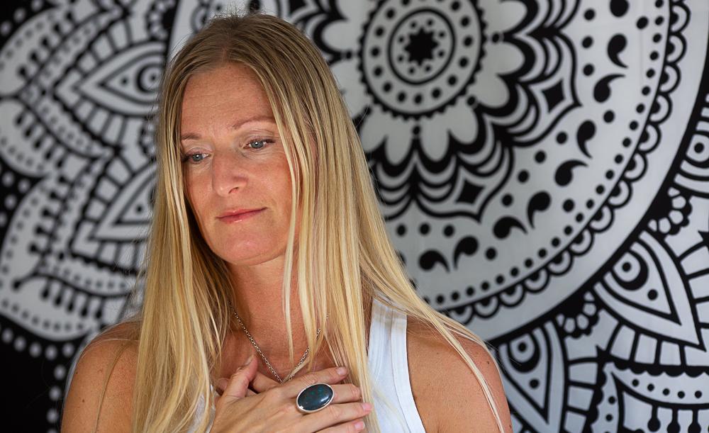 Meditation med mantrasång ons kl 8